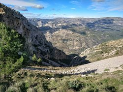 Sierra de Bernia y Ferrer
