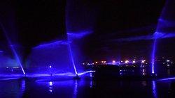 shopping e spettacolo laser fantastico