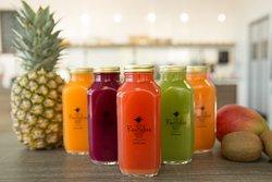 100% Organic Cold Pressed Juice