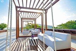 Vida Terrace Bar