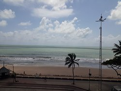 Vista da Janela, apartamento de frente pro Mar, coluna 1.
