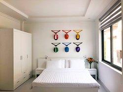 Orange room (helmets room)