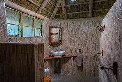 Both rooms in the lodges have en-suite lovely renovated bathrooms.