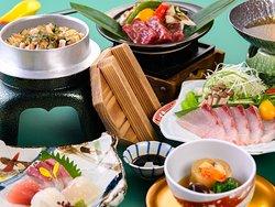 冬のグルメ和食会席(画像はイメージです)