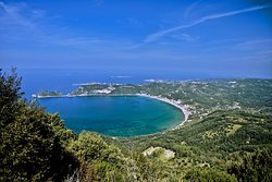 Beautiful Ágios Geórgios beach in Corfu