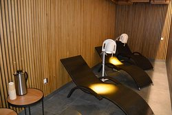 Pesa hotel has a mini-spa called Sõstar (black currant). The mini-spa facility includes light therapy room with Bioptron lamps.