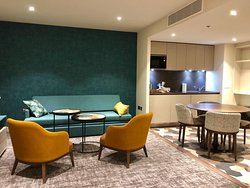 Staybridge Suites London Heathrow Bath Road