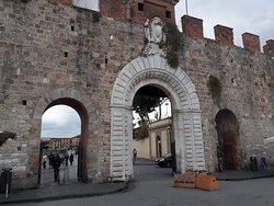 Muro Praça do Milagre - Pisa