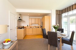 SACO Cardiff - Dining area