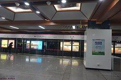 3호선 우이루역의 승강장