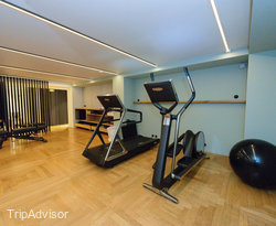 Fitness Center at the Hotel National Des Arts et Metiers