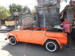 A fun car to explore Bali with!