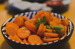 cenourinhas à algarvia (algarve style carrots)