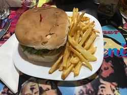Queenie's - Burger and fries