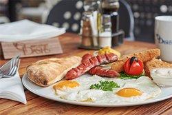 Dash's breakfast