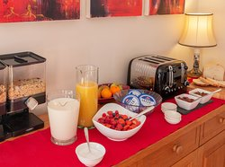 Choose from our Buffet or from our Freshly cooked Breakfast Menu