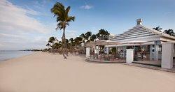 Waves Beach Bar & Grill