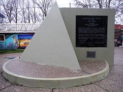 Plaza 25 de Mayo - Time Capsule