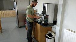 Free coffee/tea 24/7