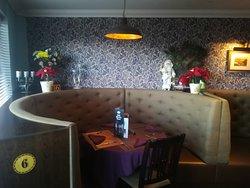 Restaurant Table 6