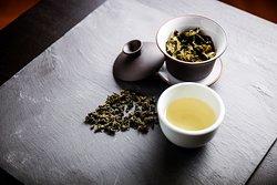 one leaf Tea Lounge