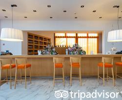 Sorrento Lounge at the Hilton Sorrento Palace