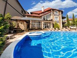 Astel Villa