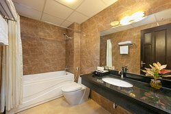 Bathroom-Family Suite Room