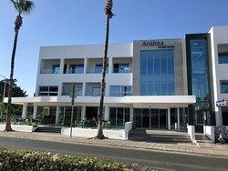 Desibeli hotelli Ayia Napassa