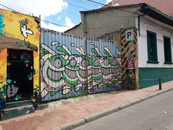 pez graffiti artists, graffiti tour bogota