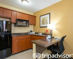 The King Suite at the Red Lion Inn & Suites Tucson North Foothills