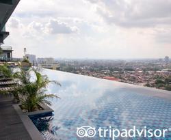 The Pool at the Holiday Villa Johor Bahru City Centre