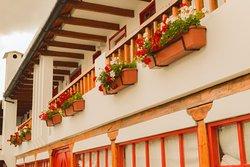 Balcón y jardines aereos en la parte posterior del hotel.