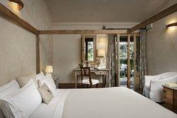 Classic Double | Bedroom