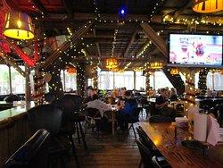 Dining Room/Bar