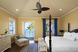 Four bedroom cottage master bedroom