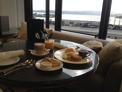 Breakfast at Club Lounge