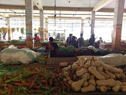 Captured from a local market of Eastern part of SriLanka....Fresh Veges....Isn't it attractable? Share your thoughts.......