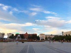 레닌 광장의 전경