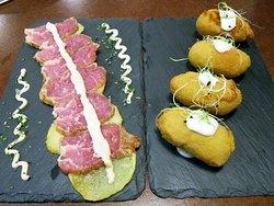Croquetas de calabaza y queso, y tataki de presa ibérica