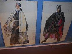 """Kostymer vilka användes på operan """"Kalevipoeg""""."""