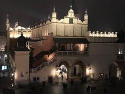 A Grand Palace!