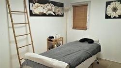 Salle de massage de l'Ecolodge l'Etoile d'Argens