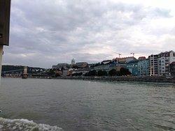 Vista do Barco no Rio Danúbio, Budapeste.