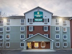 WoodSpring Suites Asheville Extended Stay Hotel Exterior Evening  x