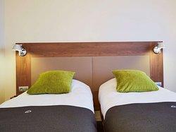 Campanile Mérignac Twin room
