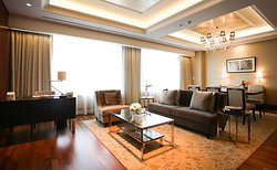 Premier Suite Room (Living Room)