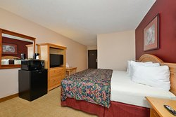 One King Bed Accessible Suite