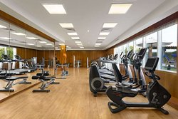 Exhale Gym and Spa - Gym