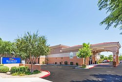 Welcome to the Baymont Inn and Suites Mesa Near Downtown